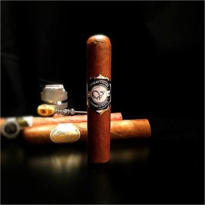 Vivaldi Cigars – Hitman