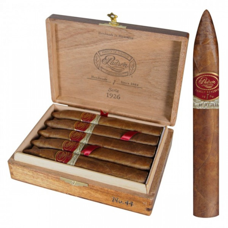 Padron Family Reserve 44 Natural