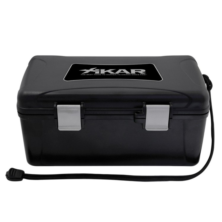 Xikar travel humidor for 15 cigars - black