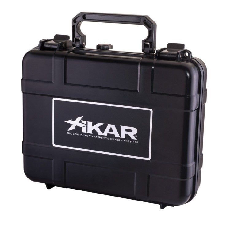 Xikar travel humidor for 20 cigars - black