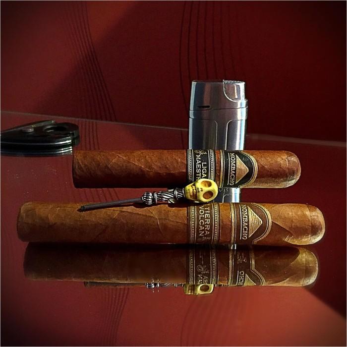 Recension av Mombacho Cigars