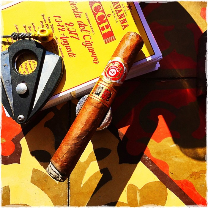 Punch 48 (Habanos Specialist and Casa Exclusive)