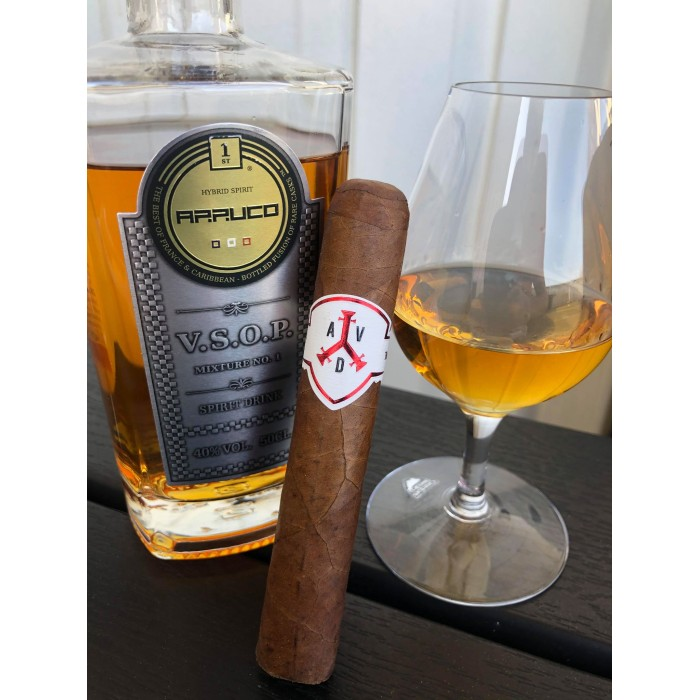 Cigarr och dryckesmatchning - Del 70 ADVentura - The Explorer